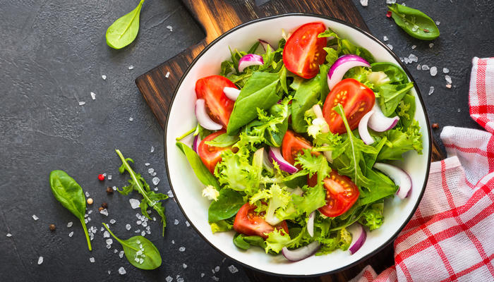 Enkel og frisk blandet salat